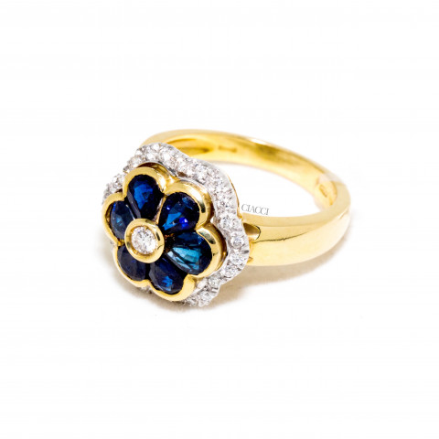 G1224-AA633 Anello Oro Giallo Zaffiro Blu e Brillanti